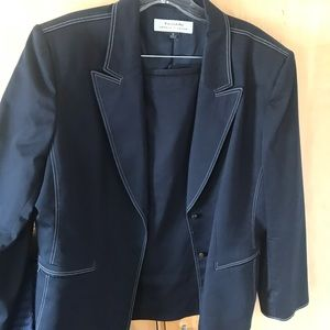 Tahari - Arthur S. Levine Suit Set